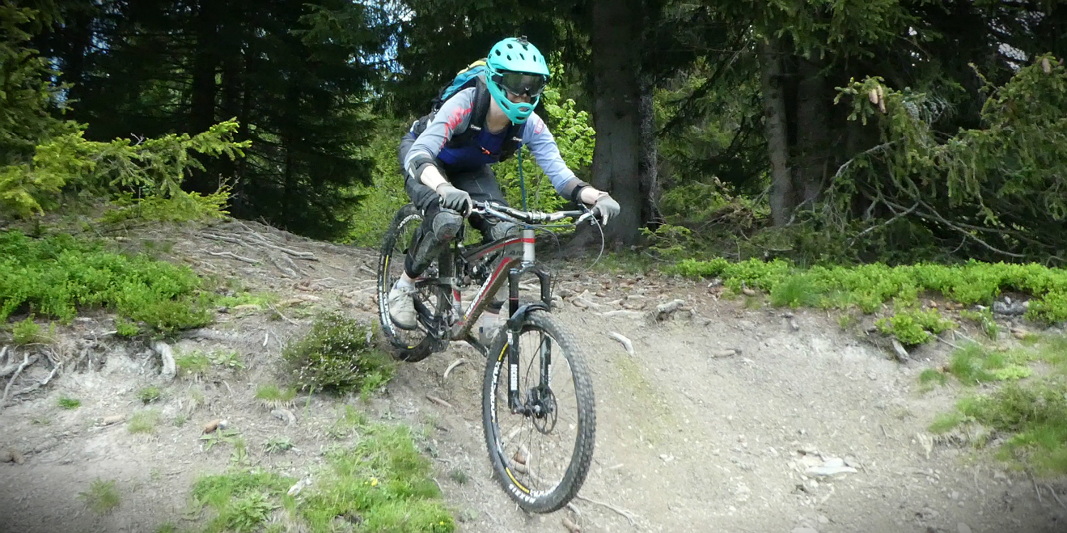 mountain bike clothes women