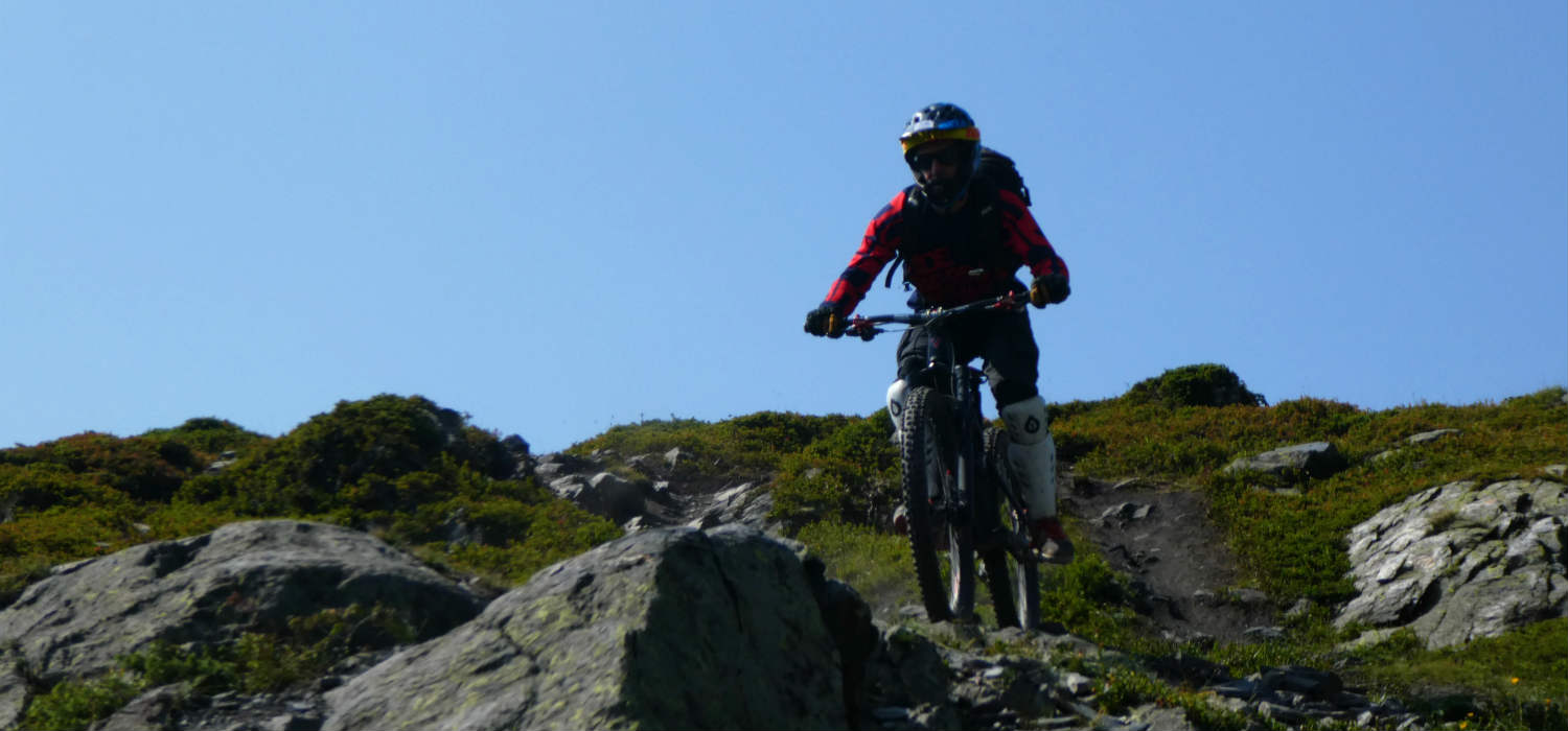 mountain biking la thuile