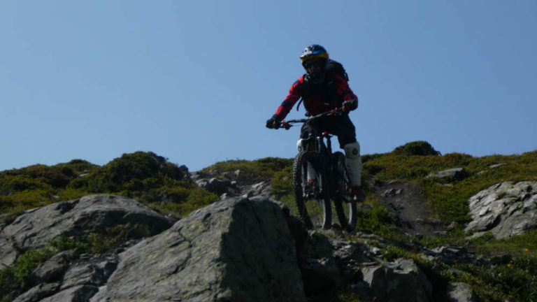 how dangerous is mountain biking