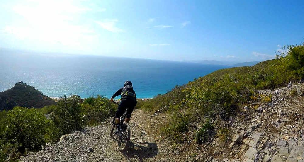 Enduro Bike vs Trail Bike - finale