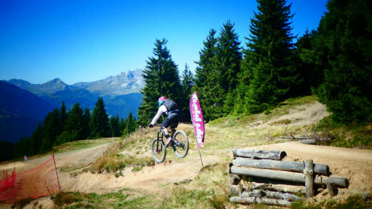What Mountain Bike Tyre Pressure To Use - jump